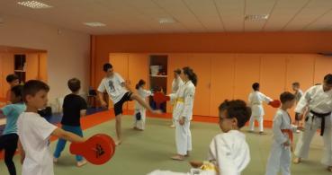photo1_Karaté Club de Gennes